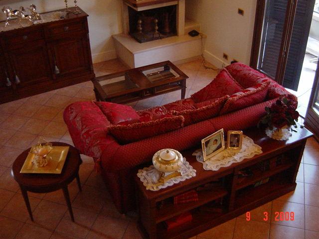 Galleria category ambientazione image divano con - Mobile retrodivano ...