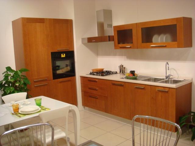 Galleria - Category: Cucine - Image: CUCINA MODERNA IN CILIEGIO